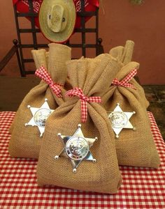 Cute favor bags especially for a Toy Story themed party. Rodeo Party, Cowboy Theme Party, Cowboy Birthday Party, Horse Party, Farm Party, Birthday Party Themes, Diy Birthday, Pirate Party, Cowgirl Party Favors
