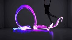 Japanese startup No New Folk has conceived Orphe, a smart-shoes that uses motion sensors and LEDs to turn dance performance into a light show. Led Light Up Sneakers, Transformers, Gifts For Tech Lovers, Performance Artistique, Folk, Creators Project, 1 Gif, Cool Technology, Light Painting