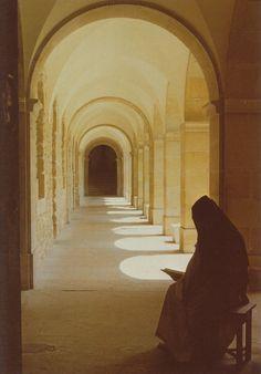 Monastic Silence | Monastic Ponderings: The real power of meditation