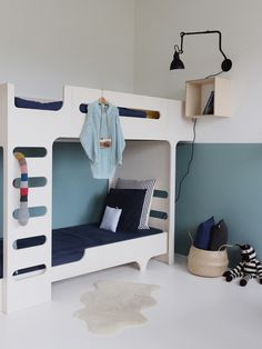 Blue Half Painted Walls in children's rooms Half Painted Walls, Casa Kids, Modern Kids Bedroom, Style Deco, Teen Bedding, Kids Room Design, Kid Beds, Bunk Beds, Kid Spaces
