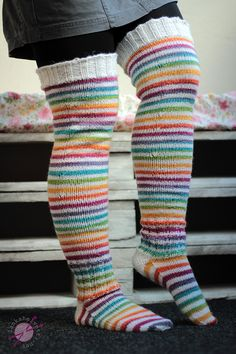 How To Start Knitting, Knitting For Kids, Knitting Projects, Baby Knitting, Knitting Patterns, Crochet Slippers, Knit Or Crochet, Wool Socks, Knitting Socks