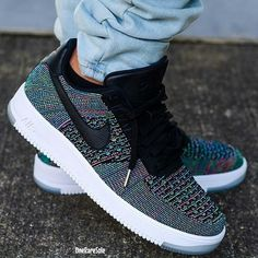 Color flyknits