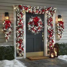 christmas lights The Cordless Prelit Red And White Holiday Trim - Hammacher Schlemmer Noel Christmas, Outdoor Christmas Decorations, Christmas Crafts, Christmas Porch Ideas, Christmas Lights Outside, Christmas Decorating Ideas, Beautiful Christmas Decorations, How To Decorate For Christmas, Rustic Christmas