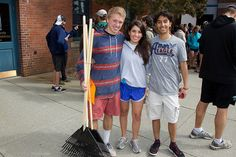 Students and faculty volunteer around campus and in the nearby community for the 2013 Service Day!