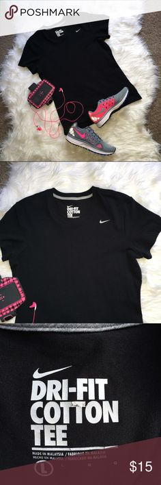 Women's Nike Dri Fit Summer Workout Tee Large Great condition! Worn once! name brand: Nike. size: Large. colors: Black & White. style: Dri-Fit Cotton Tee. Swoosh Lettering on front. This tee is perfect for summer workouts! Nike Tops Tees - Short Sleeve