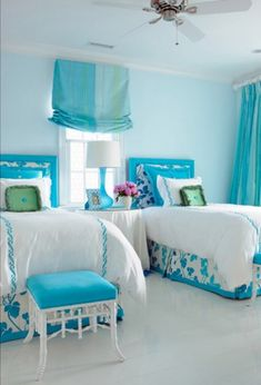 Teen Room Designs and Teen Room Makeovers