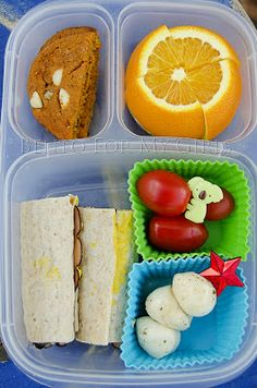Ham wrap with grape tomatoes, marinated mozzarella, an orange and a carrot cake cookie. Bento Recipes, Lunch Box Recipes, Lunchbox Ideas, Bento Ideas, Cold Lunches, Lunch Snacks, Healthy Lunches, Eating Healthy, Kids Packed Lunch