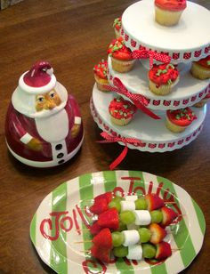 Too Stinkin' Cute: Crafty Christmas Play Date