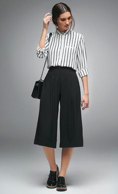 Women's summer fashion stripe T shirt+black wide leg loose cropped trousers