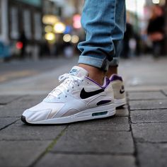 Nike Air Max Pantheon