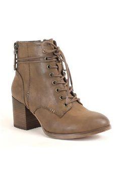 f9d0e75947e1 Block Heel Combat Boot. Coachella Festival, Festival Outfits, Boho Boutique,  Professional Wear, Boho Tops, Shabby Cottage ...