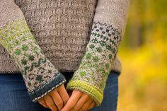 Ravelry: Color Me In pattern de Hanna Maciejewska Baby Knitting Patterns, Knitting Designs, Knitting Projects, Knitting Ideas, Fair Isle Knitting, Knitwear, Knit Crochet, Cardigans, Stitch
