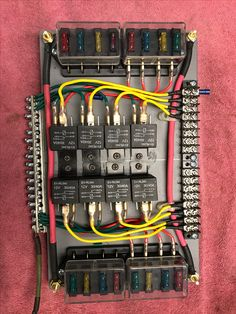 New relay board I just made. Diy Electronics, Electronics Projects, Ford F250 Diesel, Electrical Fuse, Navara D40, Fuse Panel, Truck Mods, Car Audio Systems, Electronic Engineering