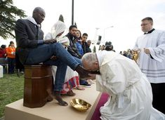 2016 Maundy Thursday: Pope Frances washes the feet of refugees, Muslims, Hindus, Coptics, Evangelicals, men and women.  God is Alive Magic is afoot, Alive is in command.....