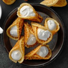 Expert Baker: Whipped Cream Krumkake - Taste of Home Krumkake Recipe, Kiffles Recipe, Potluck Recipes, Cookie Recipes, Potluck Desserts, Wedding Desserts, Recipes Dinner, Holiday Recipes, Baking Recipes