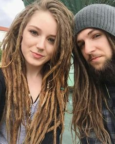 Couples who Dread Together Stay Together❤ Blonde Dreadlocks, Locs, White Girl Dreads, Dreads Girl, Dreadlock Hairstyles, Loose Hairstyles, Beautiful Dreadlocks, Half Dreads, Dreads Styles