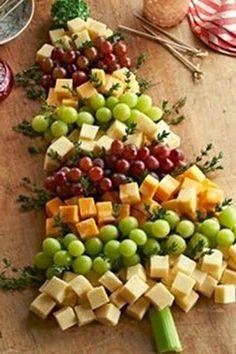 Christmas Tree | Grape and Cheese Board