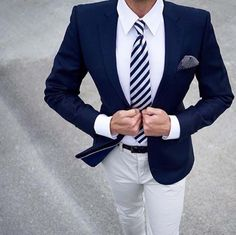 New Casual Style Blue And White Groom Tuxedos Slim Fit Mens Wedding Party Suits Bridegroom Groomsman Suit(Jacket+Pants)terno Mens Fashion Suits, Mens Suits, Boy Fashion, Fashion Menswear, Urban Fashion, Fashion Ideas, Fashion Shoot, Fashion Trends, Fashion Hair