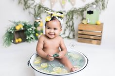 55 Ideas bath photography baby cake smash for 2019 Milk Bath Photography, Photography Mini Sessions, Cake Smash Photography, Baby Girl Photography, Milk Bath Photos, Bath Pictures, Baby Milk Bath, 6 Month Baby Picture Ideas, Baby Cake Smash