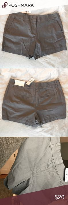 """4️⃣"""" LOFT Outlet Matte Grey Shorts 🆗 Can't capture fabric perfectly on camera for some reason, but these are a matte grey. Last photo held directly in natural lighting.  NWT. Fit just wasn't quite right for me.  💫 MAKE AN OFFER 💫 LOFT Outlet Shorts"""