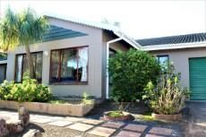 4 Bedroom House For Sale In Margate, Hibiscus Coast, Kwazulu Natal for R