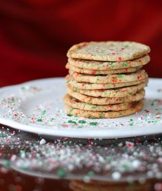 Crispy, Buttery Candy Cane Cookies! Merry Christmas! | The Kitchen Magpie #Christmas #cookies