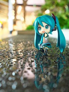 Chibi Miku in the rain