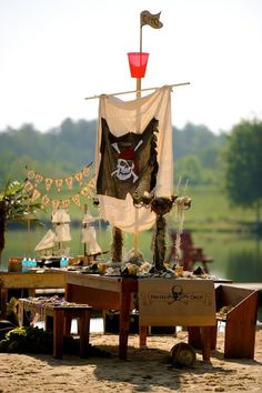 Tablescapes For Parties | TableScapes...Table Settings / adorable for pirate themed party. would ...