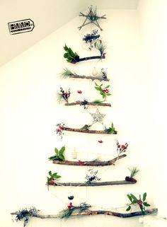 DIY Christmas tree by Handmademaniadecor