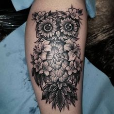 floral owl tattoo © Pinklightsaber #AnimalTattoos