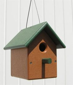 Amish Poly Wren Bird House The sound of singing wrens transports everyone who hears it to a gentler place. This bird house is designed to help you make that enchanting song a permanent part of your summer evenings by encouraging a family of wrens to make their nest in your yard. With a removable roof and a perfectly-proportioned size, this bird house is a surefire way to bring the sweet sounds of singing wrens into your outdoor space.