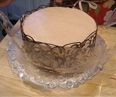 Chocolate - Lace Collar | CraftyBaking | Formerly Baking911***Has really good tips included