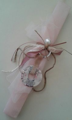 Easter Candle, Easter Ideas, Couture, Handmade, Easter Activities, Hand Made, Haute Couture, Handarbeit
