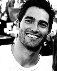 "Tyler Hoechlin (pronounced ""Hecklin"") Keep calm and stare at Derek Hale (Teen Wolf) Tyler Hoechlin, Charlie Carver, Cody Christian, Scott Mccall, Beautiful Smile, Gorgeous Men, Perfect Smile, Jonny Weston, Supergirl"
