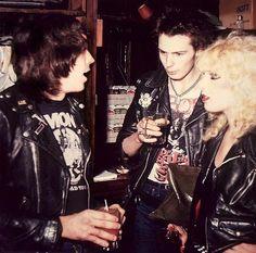 Sid, Nancy and Joey Ramone Ramones, I Love Music, Music Is Life, Good Music, 70s Punk, Punk Goth, Sid Et Nancy, Photo Rock, Rock And Roll