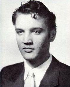 Elvis Presley celebrities-before-fame