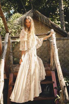 Zanzibar dress - Bohemian Diesel Marketplace Zanzibar dress - Bohemian Diesel Marketplace Source by beebeepupbeebee. Bohemian Lace Dress, Bohemian Style Dresses, Gypsy Style, Bohemian Clothing, Boho Outfits, Boho Style, Boho Chic, Fashion Outfits, Goddess Dress