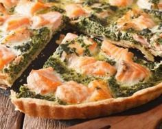 Salmon and Spinach Melting Light Quiche Recipe - Slightly tender salmon and spinach quiche: www.fourchette-and … - Healthy Recipes For Diabetics, Healthy Gluten Free Recipes, Healthy Pasta Recipes, Healthy Cooking, Chefs, Spinach Quiche, Salmon Quiche, Quiche Recipes, Eat Smart