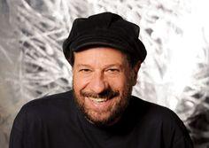 O cantor e compositor João Bosco repassa suas composições com novos arranjos em show intimista (Foto: Divulgação)