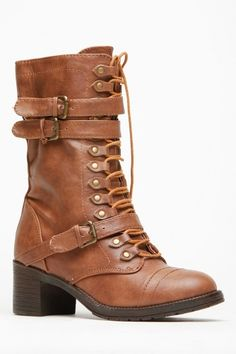 I usually don't pin this kind of stuff... but I am in love with these!!! Bamboo Chunky Mid Calf Boots - $40.50 @ cicihot.com <3