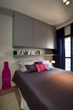 Small 45 Square-Meter Apartment Design Optimized by Maur�cio Karam - http://freshome.com/2012/07/05/small-45-square-meter-apartment-design-optimized-by-mauricio-karam/