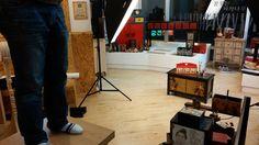 이것은 고대리가 촬영각이 안나와서  테이블에 올라가서 찍는 모습입니다 (어서 신발을 신겨야해....-_-)