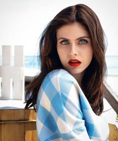 Just a collection of the most beautiful female actresses, artists, models and otherwise famed. And, just to be clear - at all dudes are just «some dudes Beautiful Eyes, Most Beautiful, Beautiful Women, Heros Film, Alexandra Daddario Images, Persian Girls, Actrices Hollywood, Beautiful Celebrities, Hollywood Actresses