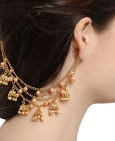Dazzling Best Collection of Earrings Ideas. Ineffable Best Collection of Earrings Ideas. Indian Jewelry Earrings, Indian Wedding Jewelry, Jewelry Design Earrings, Gold Earrings Designs, Ear Jewelry, Designer Earrings, Jewelery, India Jewelry, Antique Jewellery Designs