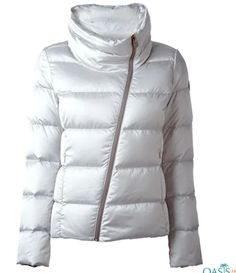 Holding on to the reputation and fame in the market for wholesale padding jackets in rich fabric, Oasis Jackets, the eminent manufacturer is always delivering its best. Check the catalog to bulk order. Oasis Jackets, Bulk Order, Padded Jacket, Quilted Jacket, Jackets For Women, Winter Jackets, Unisex, Stylish, Coat