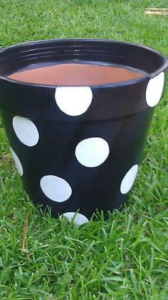 CUTE RIGHT?     hand painted flower pot BY  De~SIGNS by ShAnNoN