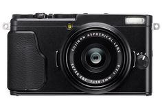 LPM has teamed up with FUJIFILM to bring you a fantastic giveaway with a retail price of $699.95, the Fujifilm X70 camera.