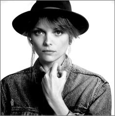 Michelle Pfeiffer (1958) - American actress and singer. Photo © Guy Webster