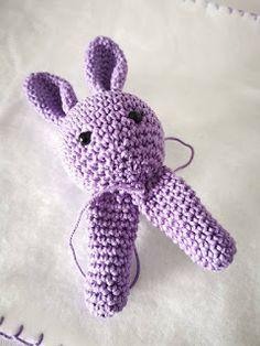 toer 4 - , in volgende V - t Crochet Bebe, Crochet Toys, Knit Crochet, Baby Vans, Purl Stitch, Yarn Bowl, Baby Alpaca, Knitted Bags, Knitting Designs