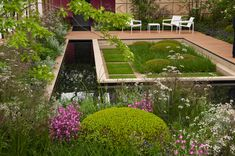 Simple Yet Attractive Flower Bed Design Tips for Your Garden